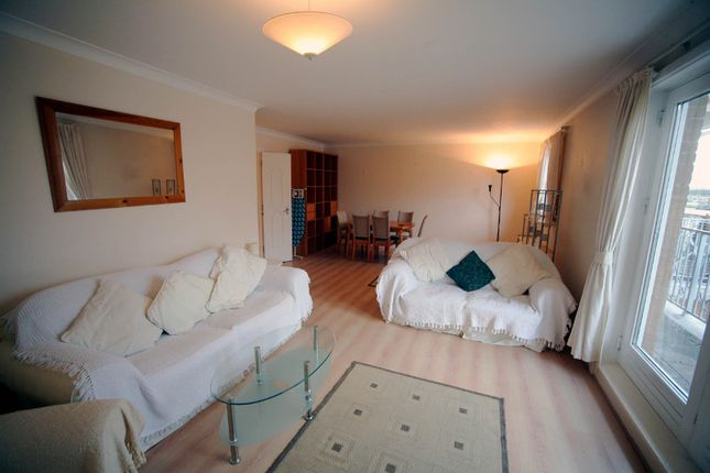 Thumbnail Flat to rent in Homer Drive, London