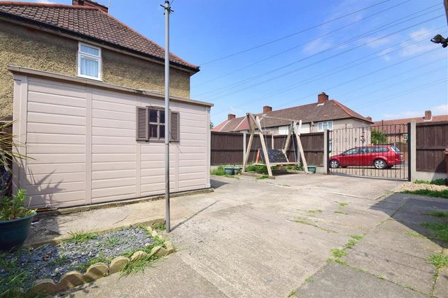 Commercial Property To Let In Barking And Dagenham