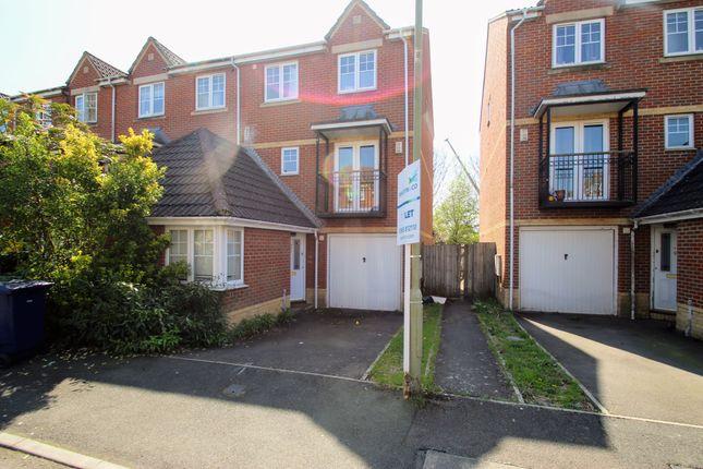 Thumbnail Town house to rent in Troy Close, Headington, Oxford