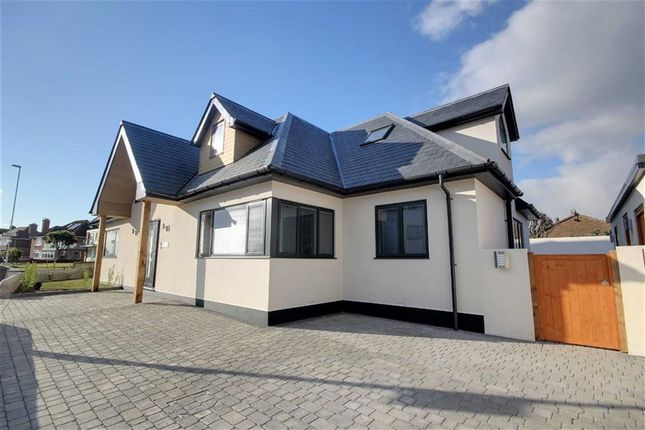 Thumbnail Flat for sale in Sea Place, Goring-By-Sea, West Sussex