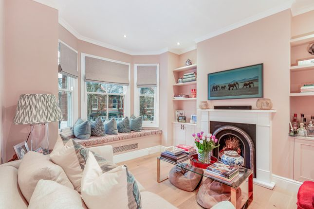 4 bed flat for sale in Valetta Road, Wendell Park, London W3