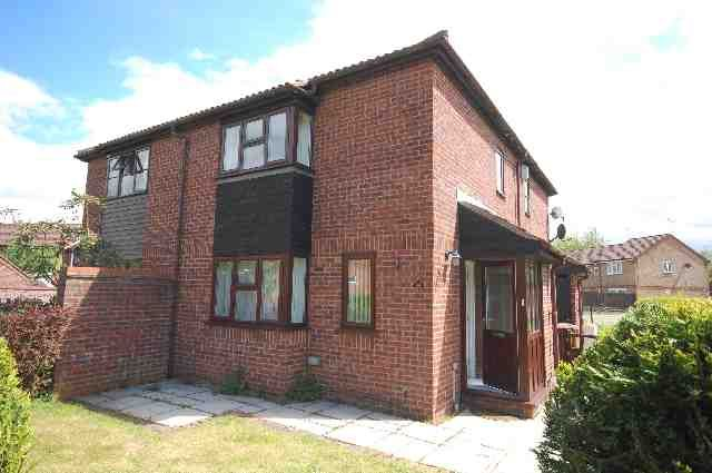 Thumbnail End terrace house to rent in Berkeley Close, Abbots Langley