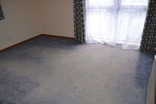 Thumbnail Flat to rent in 4 Scotscraig Apartments, Newport-On-Tay, Fife