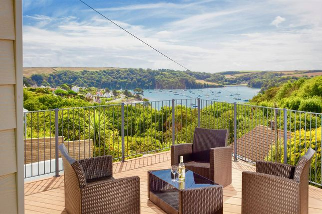 Thumbnail Property for sale in Place View Road, St. Mawes, Truro