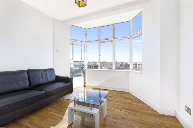Thumbnail Flat to rent in Trinity Court, 254 Gray's Inn Road, London