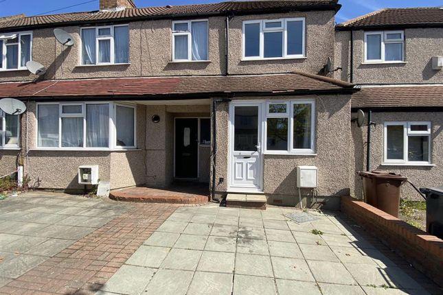 2 bed property to rent in Carmelite Road, Harrow HA3