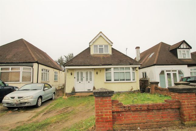 3 bed detached bungalow for sale in Ewellhurst Road, Clayhall, Ilford IG5