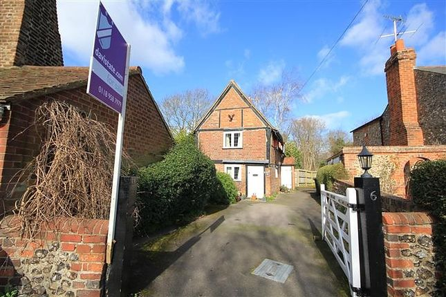 Thumbnail Detached house for sale in Caversham, Reading