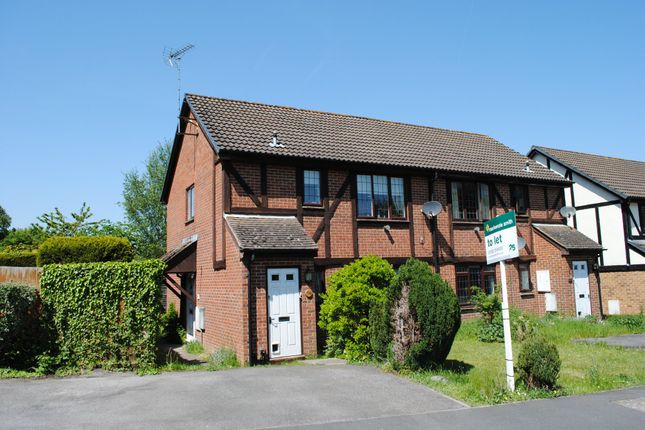1 bed flat to rent in Morley Close, Yateley