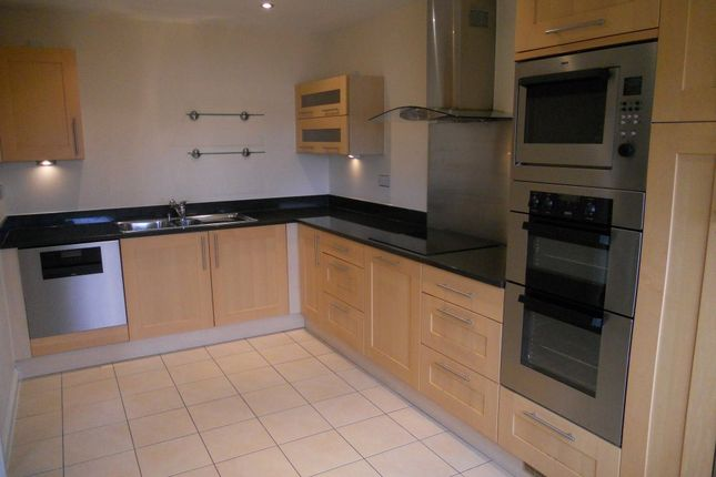 Thumbnail Flat to rent in Penstone Court, Chandlery Way, Cardiff