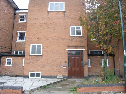 Thumbnail Flat to rent in Flat 4, 35 Clemens Street, Leamington Spa