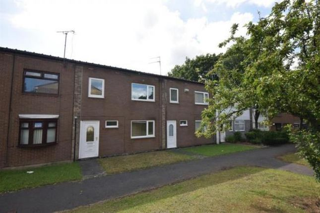 3 bed terraced house to rent in Hatfield Place, Peterlee SR8