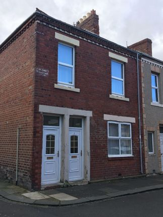 Thumbnail Flat to rent in Crown Street, Blyth