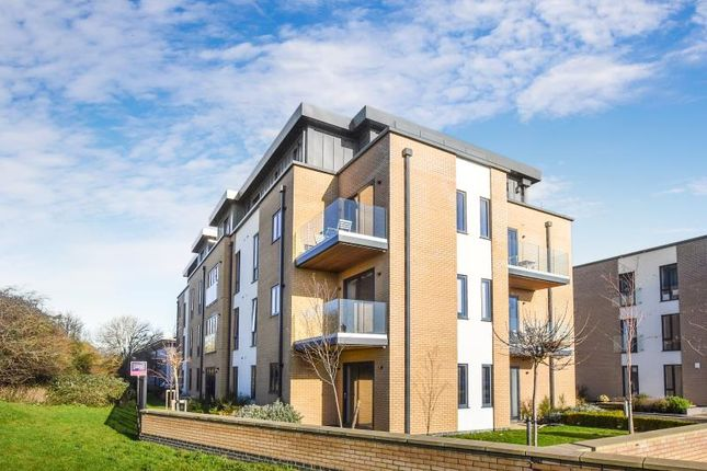 Thumbnail Flat to rent in Alexander House, Angus Court, Thame