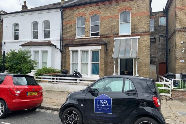 Thumbnail Terraced house for sale in Finsbury Park Road, London