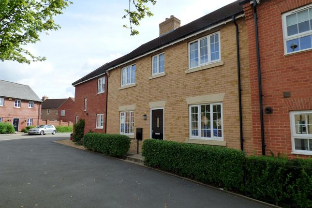 Thumbnail Property to rent in Whitehead Way, Buckingham