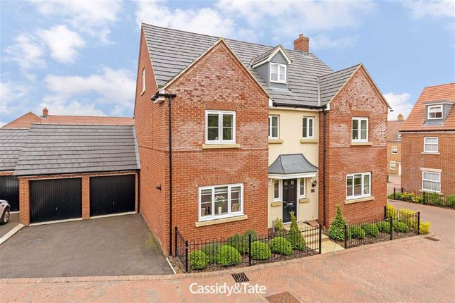 Thumbnail Detached house to rent in Avocet Road, Apsley, Hertfordshire