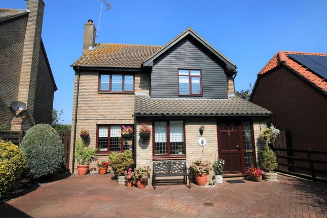 Thumbnail Detached house for sale in Lordswood View, Leaden Roding, Dunmow