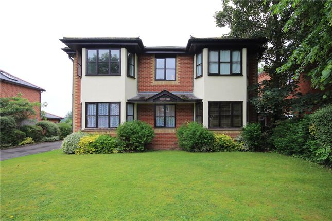 Thumbnail Flat for sale in 28 Claremont Avenue, Woking, Surrey