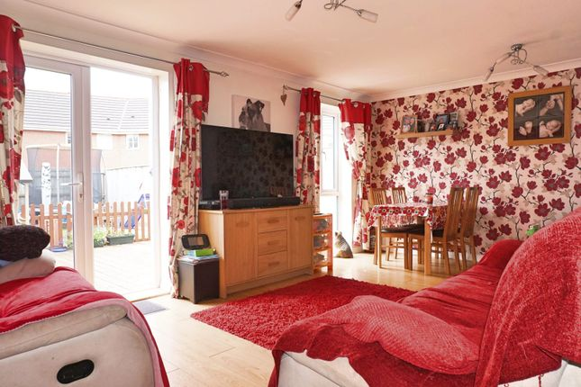 Terraced house for sale in Winton Road, Swindon