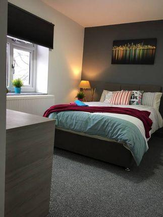 Thumbnail Room to rent in Ashton Road, Denton, Manchester
