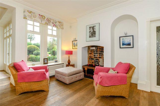 Sitting Area of Egerton Road, Woodthorpe, Nottingham NG5