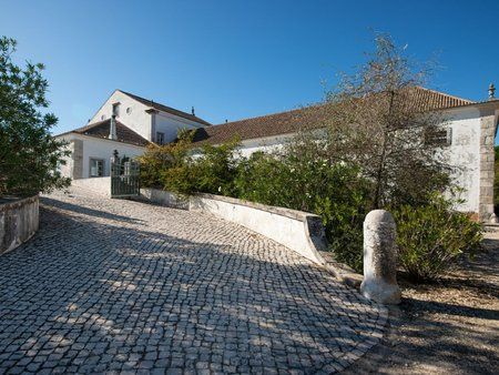 Image 5 10 Bedroom House - Lisbon, Setubal (Avm237)
