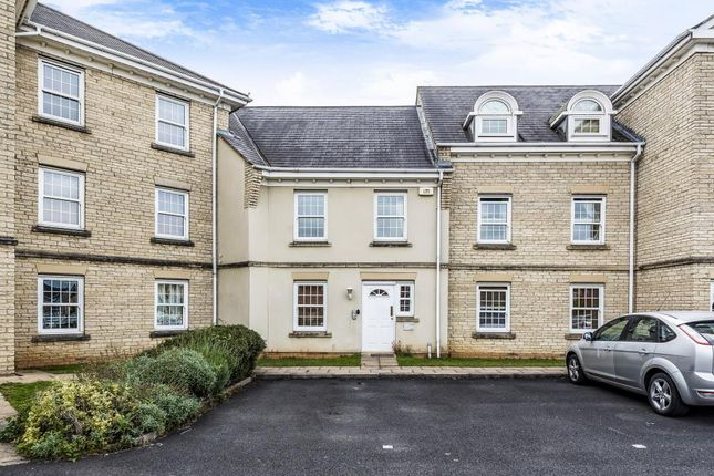 Thumbnail Flat for sale in Bure Park, Bicester, Oxfordshire