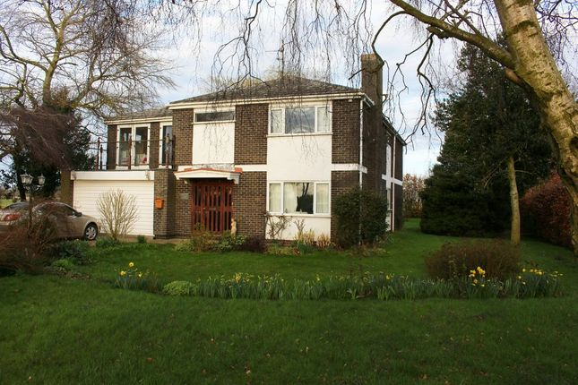 Thumbnail Detached house for sale in Boston Road North, Holbeach, Spalding