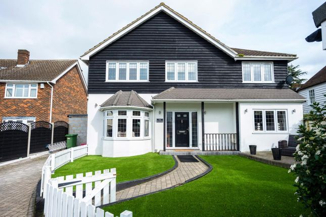 Thumbnail Detached house for sale in Applegate, Pilgrims Hatch, Brentwood
