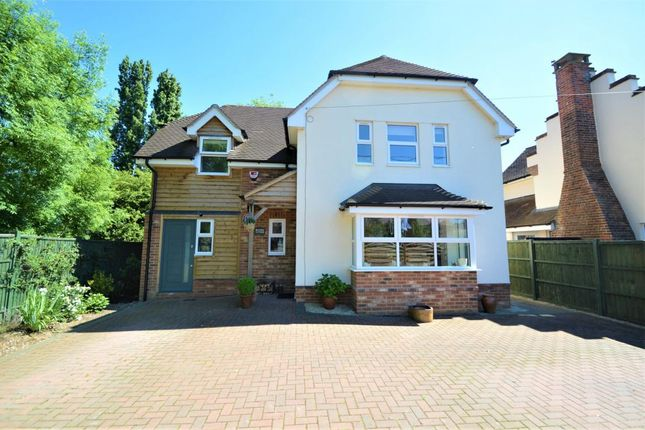 Thumbnail Detached house for sale in Hyde End Road, Spencers Wood