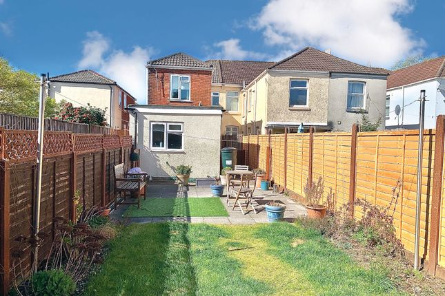 2 bed property for sale in Wilton Road, Shirley, Southampton SO15
