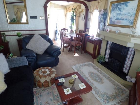 Lounge/Diner of Thorness Bay Holiday Park, Cowes, Isle Of Wight PO31