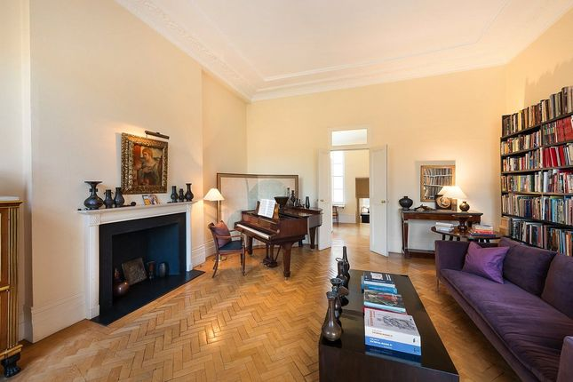 Picture No. 10 of Thurloe Square, London SW7