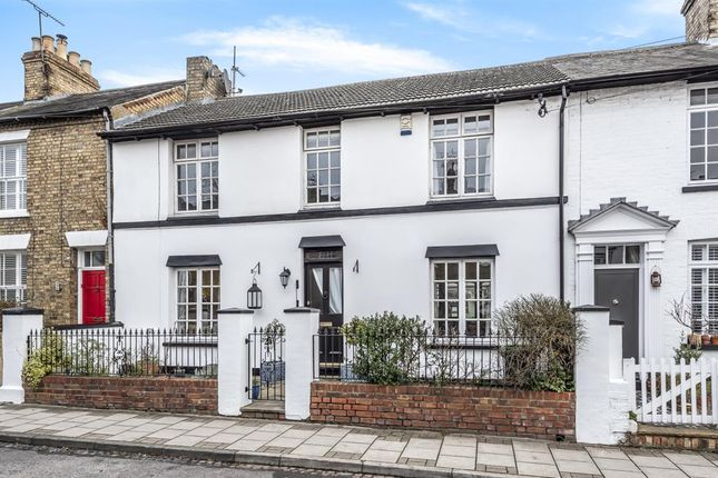 Thumbnail Terraced house for sale in The Grove, Bedford