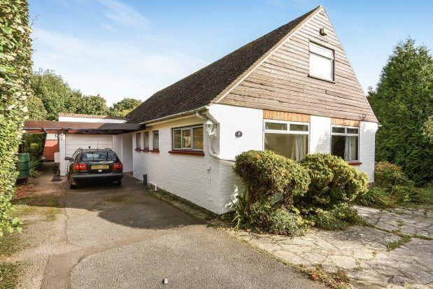 Thumbnail Bungalow to rent in Maturin Close, Lymington