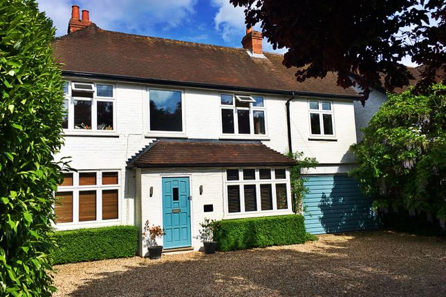 Thumbnail Detached house to rent in Wargrave Road, Reading
