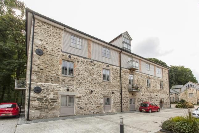 Thumbnail Flat for sale in Perranarworthal, Truro