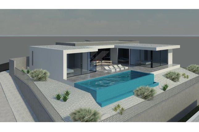 Thumbnail Detached house for sale in R. Da Achada 34, 9325-017 Estreito De Câmara, Portugal
