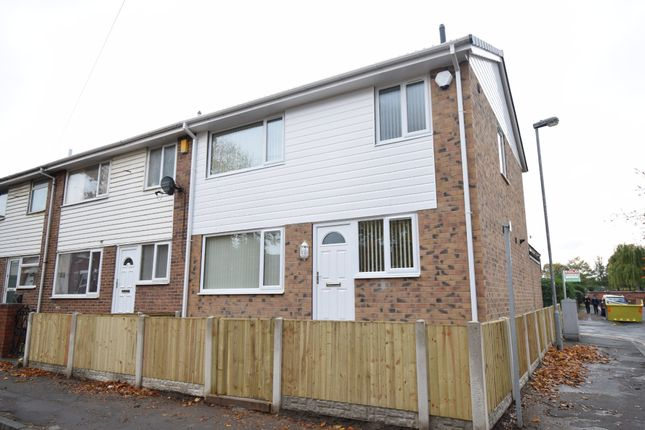 Thumbnail Town house to rent in Wesley Street, Wakefield