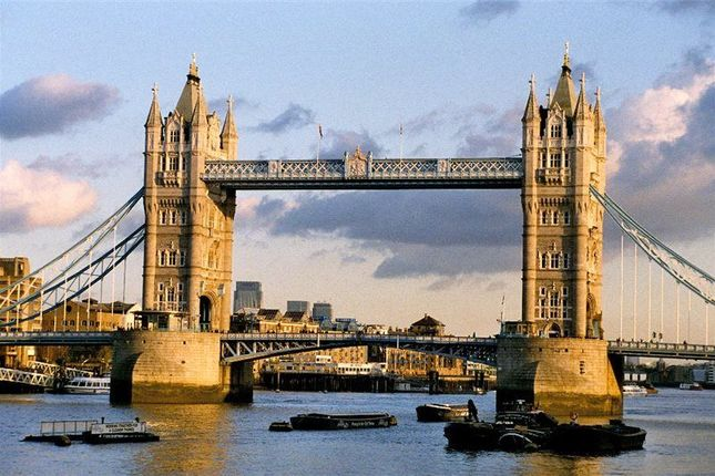 Thumbnail Flat for sale in Balmoral House, Earls Way, One Tower Bridge, London