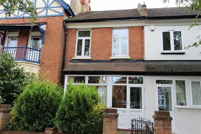 Thumbnail Flat for sale in Buxton Road, North Chingford, London