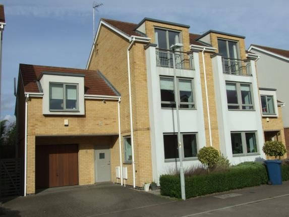 Thumbnail Semi-detached house for sale in Oakfield, Radcliffe-On-Trent, Nottingham