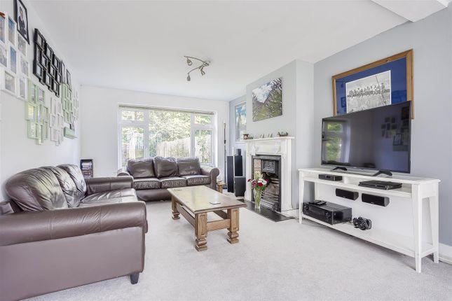 House-Rectory-Lane-Woodmansterne-Banstead-110