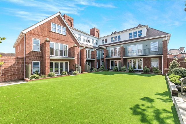 Thumbnail Flat for sale in Glenmore, Harold Road, Frinton-On-Sea