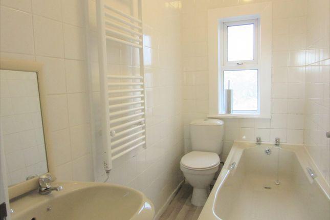Bathroom of Denmark Road, Lowestoft NR32