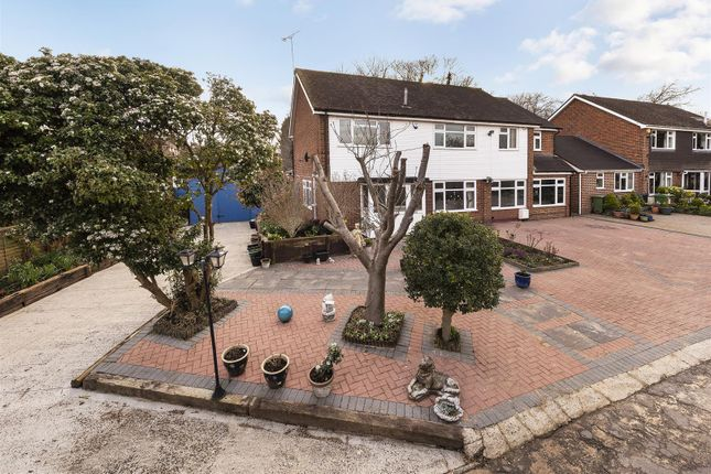 Thumbnail Detached house for sale in Poplar Grove, Maidstone