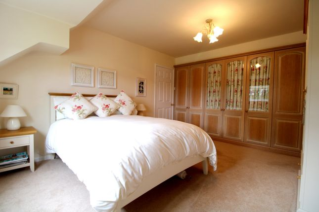 Picture No. 17 of West Lane, Loxley, Sheffield, South Yorkshire S6