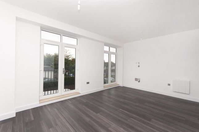 Thumbnail Flat to rent in Station Way, Cheam, Sutton