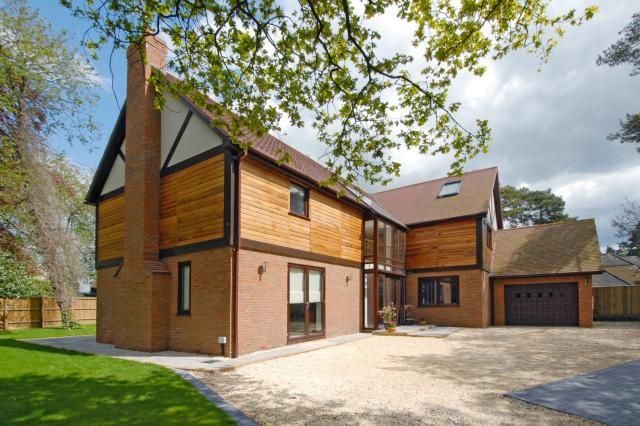 Thumbnail Detached house for sale in Henley-On-Thames, Oxfordshire